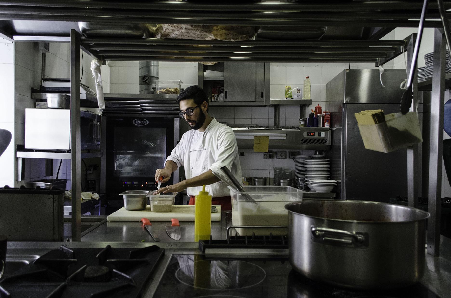 Valerio in cucina: professionalità e volontariato